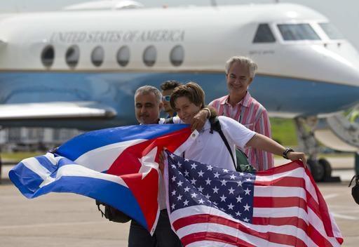 EE UU y Cuba restablecen vuelos regulares tras más de 50 años