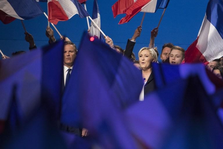 Reportan enfrentamiento en Francia en protestas en el Día del Trabajo