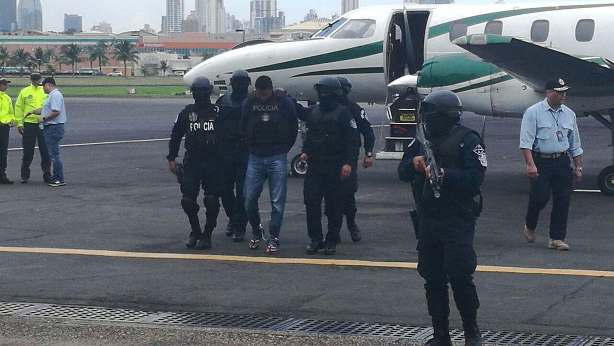 Policía de Colombia deporta a dos panameños