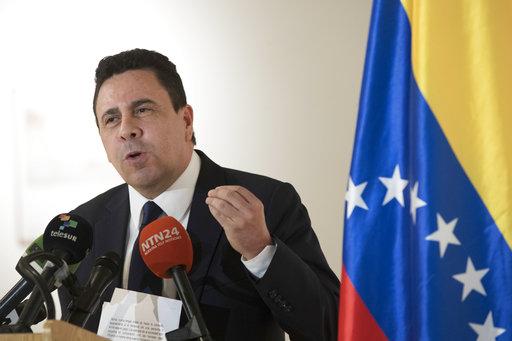 Advierte Trump que impondrá sanciones a Venezuela si realiza Asamblea Constituyente
