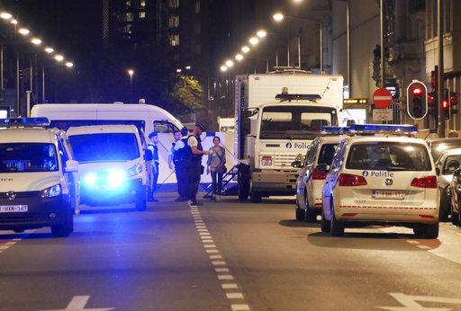 Las autoridades belgas descartan inicialmente móvil terrorista en ataque a policias