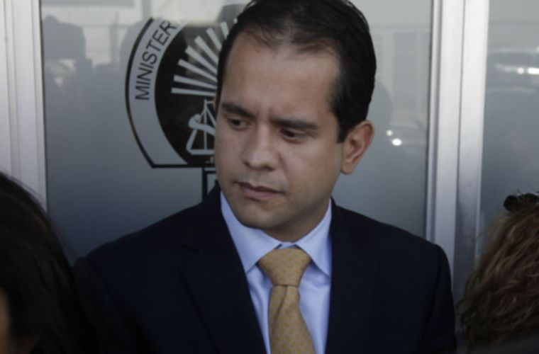 Tribunal panameño concede fianza a la madre del exsecretario de Martinelli