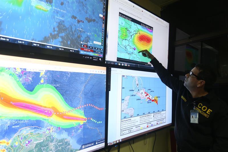 El peor huracán atlántico toca tierra en Barbuda y desata máxima alarma