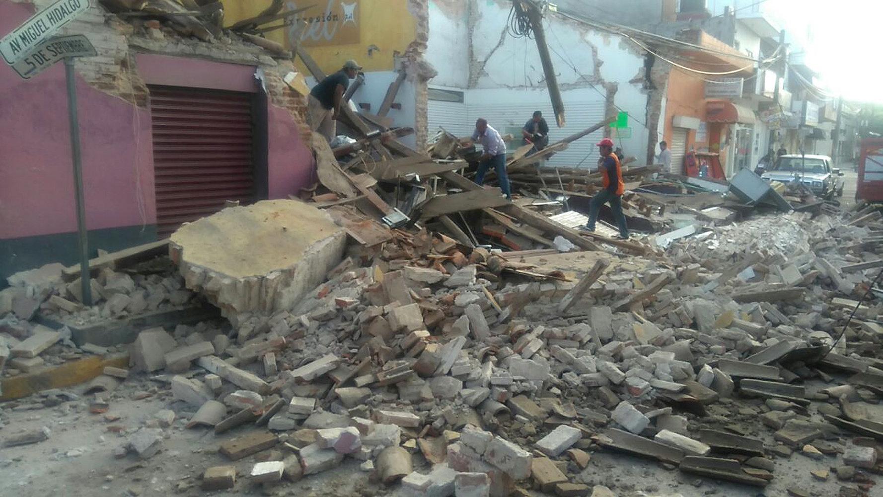 Reportan sismo en Ciudad de México y Oaxaca
