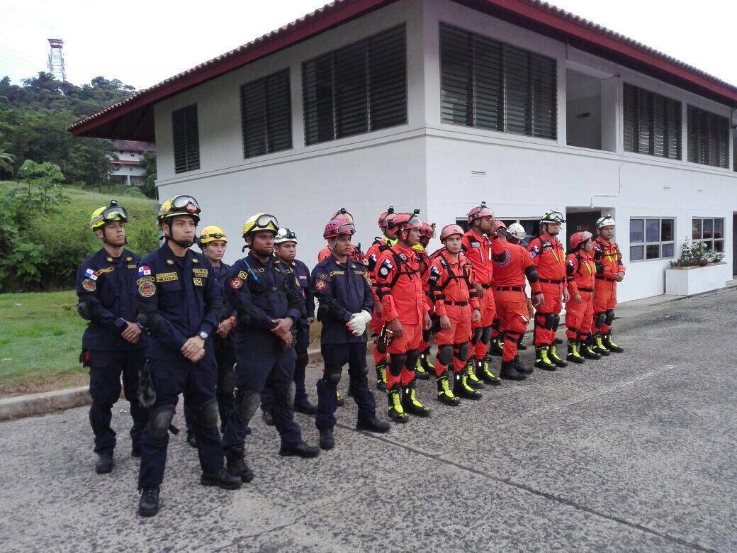 Panamá enviará equipo de socorristas y unidades caninas a México