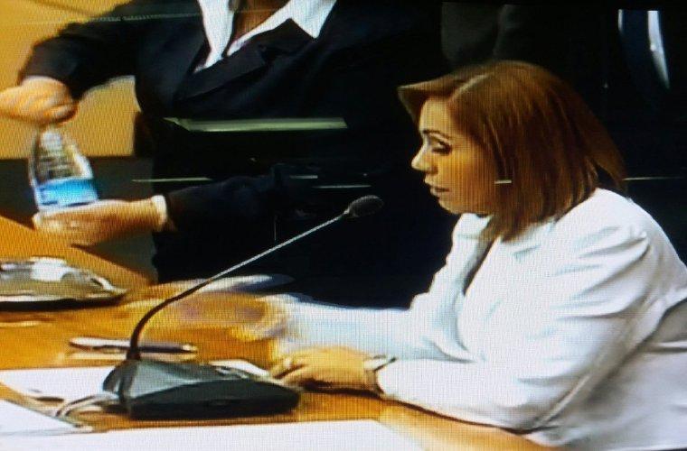 Presidenta de la Asamblea comprará tres vehículos como recomendó el contralor