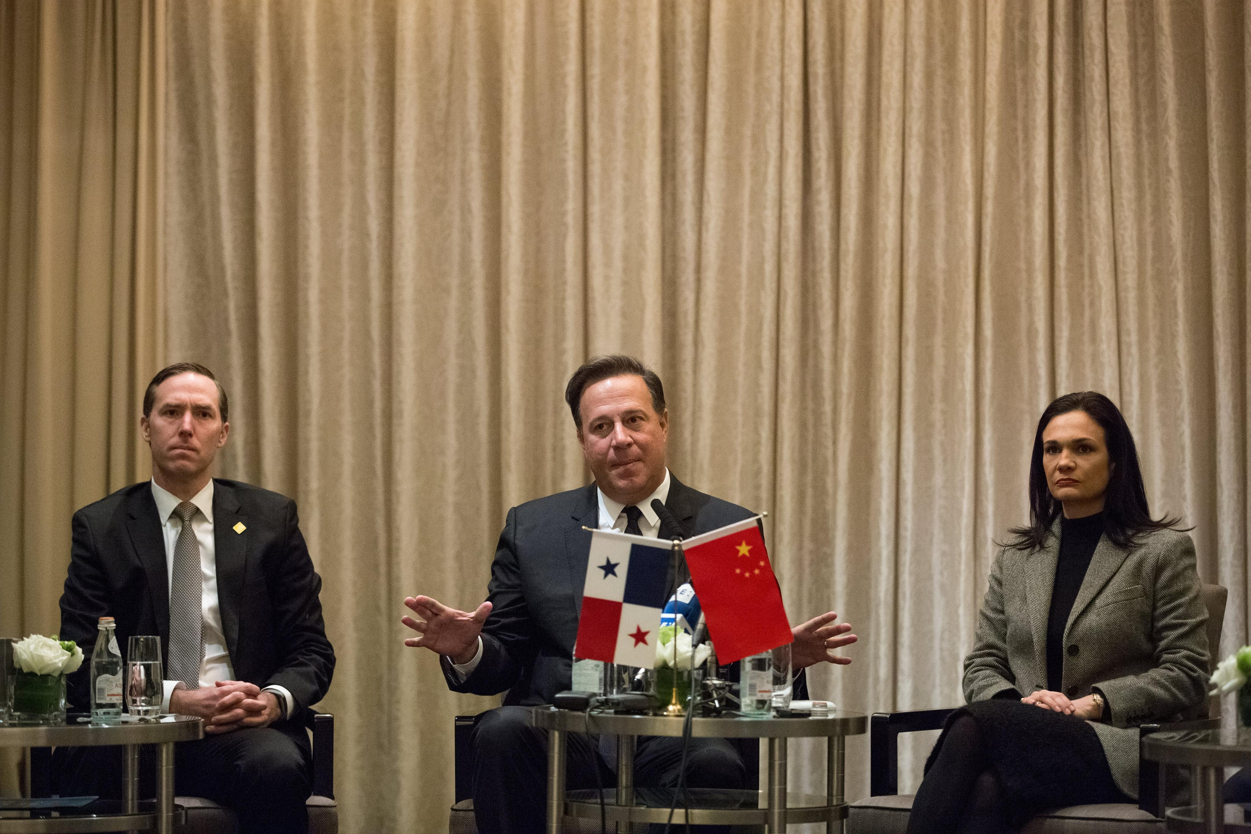 Anuncian vuelos directos de China a Panamá desde marzo de 2018