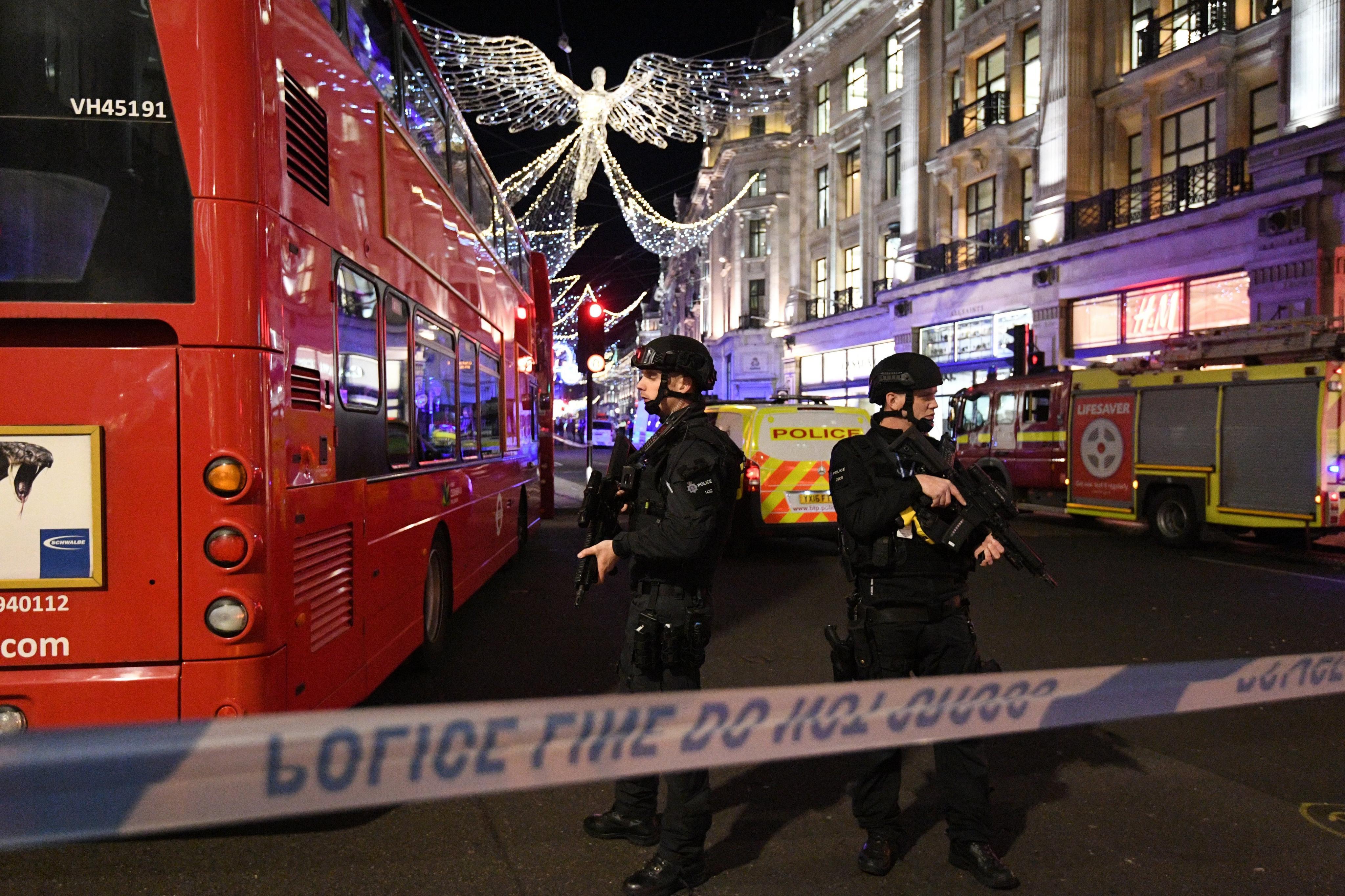 Reportan disparos en estación de Metro en Londres