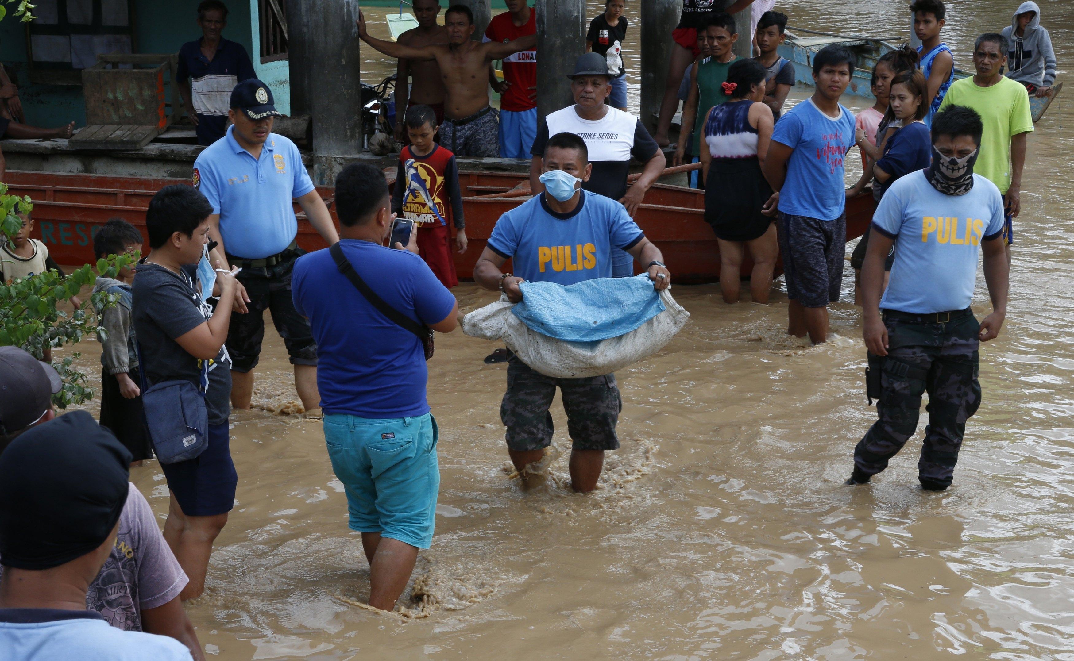 Filipinas eleva a 133 los muertos por la tormenta tropical Tembin
