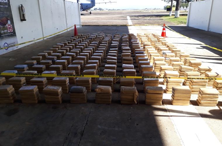 Detienen en Panamá a tres colombianos con 602 paquetes de sustancia ilícita