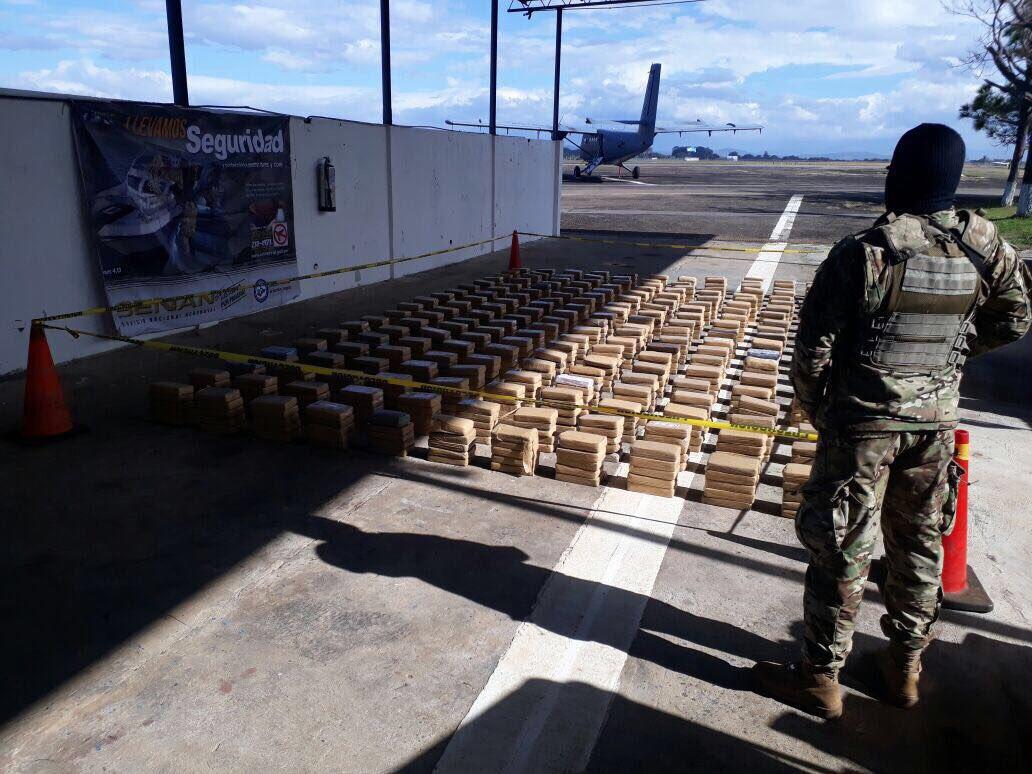 Incautan millonario cargamento de droga en sur de Chiriquí