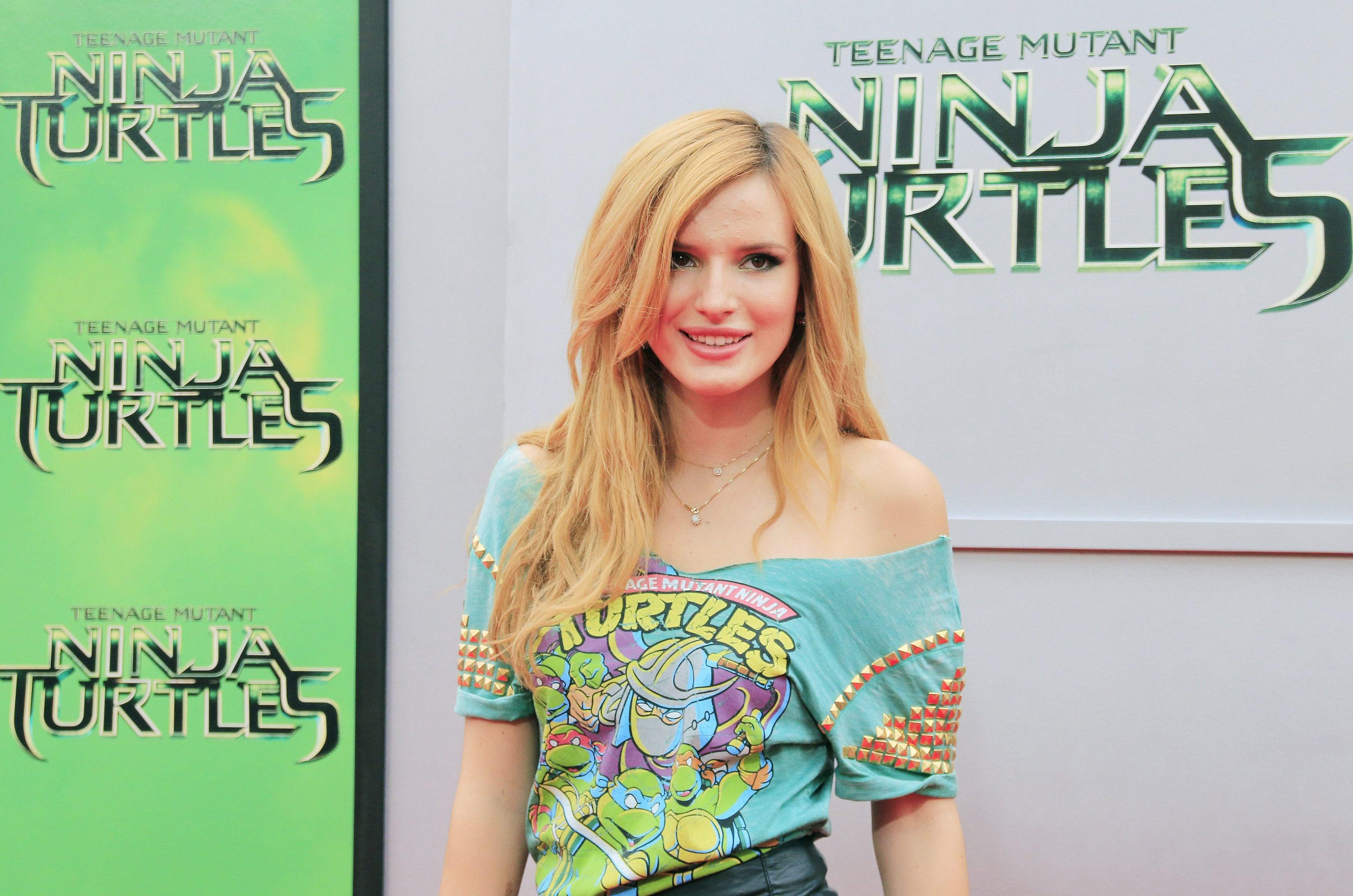 Actriz Porno Que Critica Los Deportes bella thorne pasó de ser actriz de disney al cine porno