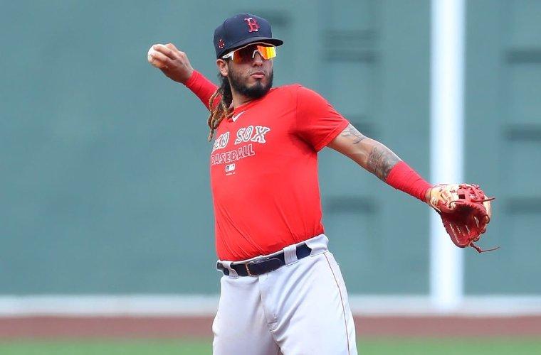 Jonathan Araúz espera ayudar a Panamá en la Serie del Caribe. Foto: AP