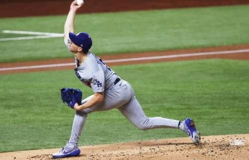 Walker Buehler estuvo dominante por parte de los Dodgers. Foto: AP