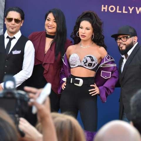 """La figura de la cantante Selena es la elegida por Google protagonizó su nuevo """"doodle"""", una pequeña animación emplazada temporalmente en su página de inicio y que se dedica a personalidades, objetos o lugares de gran relevancia. EFE"""
