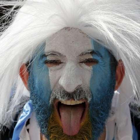 Fanáticos de Argentina en un partido contra Islandia en Moscú. (AP Photo / Antonio Calanni)