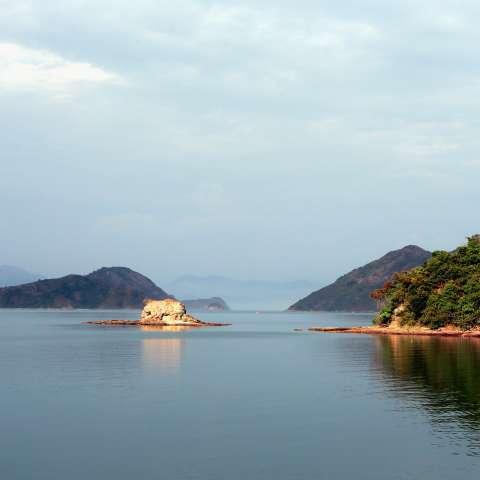 Imagen del 30 de noviembre de 2014 del paisaje del Geoparque Global de la Organización de las Naciones Unidas para la Educación, la Ciencia y la Cultura (UNESCO, por sus siglas en inglés) de Hong Kong, en Hong Kong.  / Foto: Xinhua