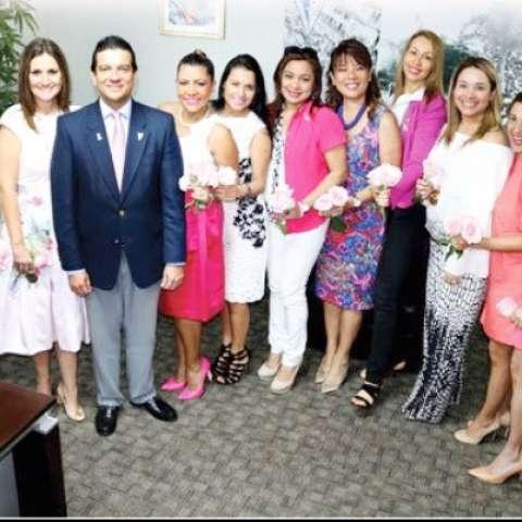 Entre los conferencistas estuvieron el Dr. Pablo Durán, cirujano oncólogo; el Dr. Rubén Ureña, urólogo; Xenia Yau, sobreviviente y Mujer Ejecutiva APEDE; Yasmari Bello, conferencista internacional y Coach-Motivadora.  /  Foto: Ricardo González