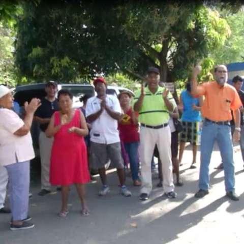 Pobladores de Las Delicias piden agua potable. (Foto: Elena Valdez)
