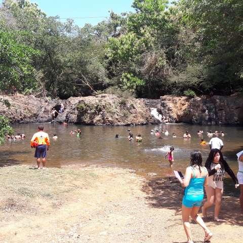 Ríos, balnearios, playas y sitios de acampar fueron los preferidos por los veragüenses.  /  Foto: José Adames