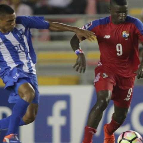 Jorge Clement fue uno de los mejores jugadores de Panamá, al dar la asistencia del gol. Foto: Tomada de la Concacaf