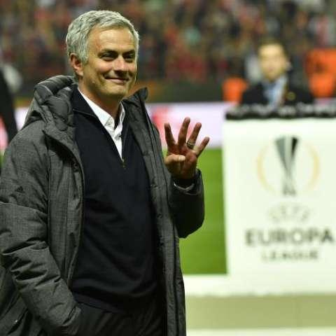 Mourinho gana su cuarto título continental. Foto EFE