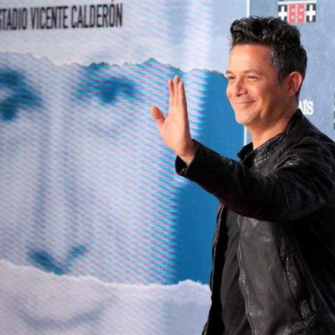 """El cantante Alejandro Sanz durante la presentación de """"Más es más"""", el concierto que celebrará el 24 de junio en el estadio Vicente Calderón, en Madrid. EFE/Archivo"""