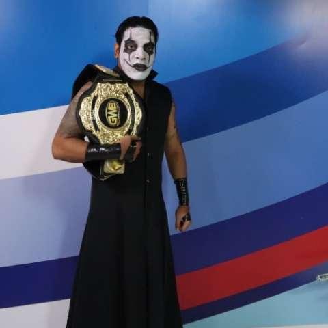 Valeck Cuervo es el primer campeón en la historia de la GWE. Fotos: Alcides Rodríguez