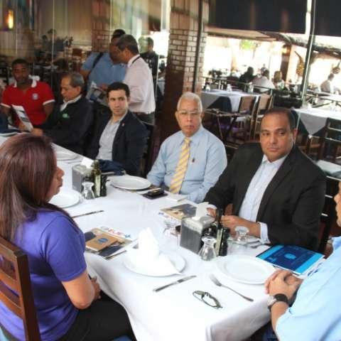 El ministro Bethancourt dio los detalles en una reunión con periodistas.