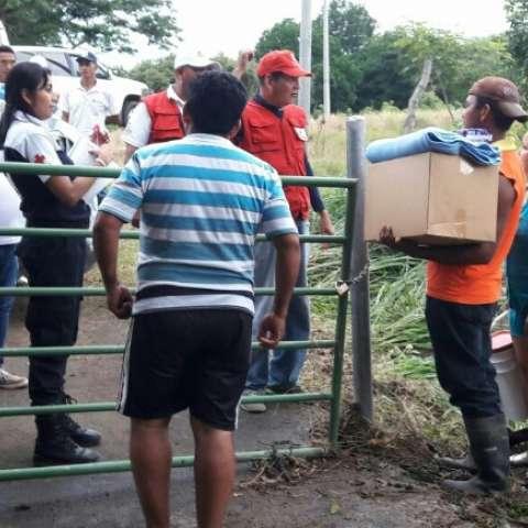 Vistas del acopio de ayuda en la sede de la Cruz Roja de Las Tablas.  /  Foto: Zenaida Vásquez