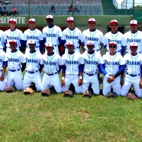 La Selección Sub-15 de Panamá que participa en el torneo. Foto: Fedebeis/ Cortesía