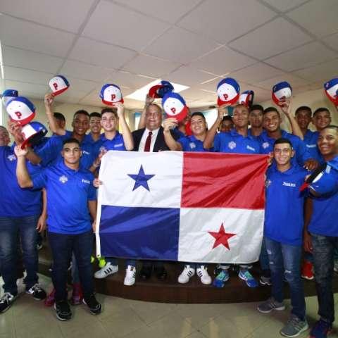 Un total de 18 jugadores de todo el país conforman la selección de Panamá en la U-14. Fotos: Anayansi Gamez