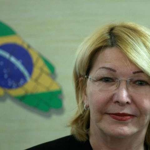 La exfiscal venezolana Luisa Ortega, destituida por la cuestionada Asamblea Nacional Constituyente, fue registra este miércoles, durante una reunión de fiscales de los países del Mercosur, en Brasilia (Brasil). EFE