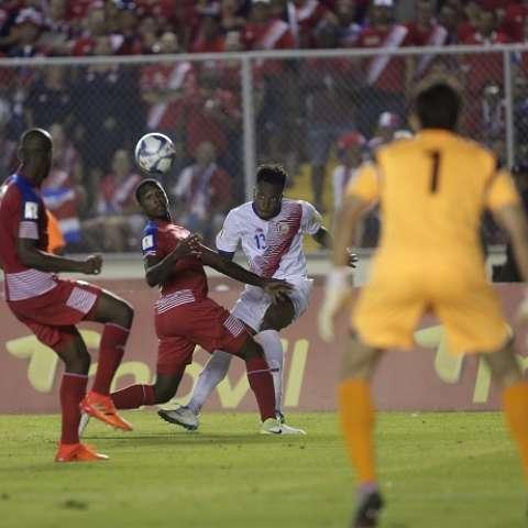 La selección de Panamá se vio favorecida por un gol fantasma /EFE