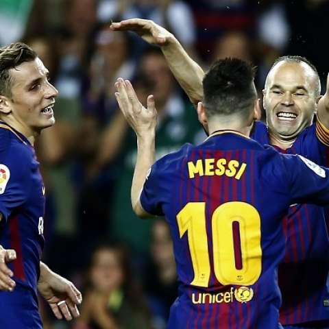 Andrés Iniesta celebra su anotación/AP