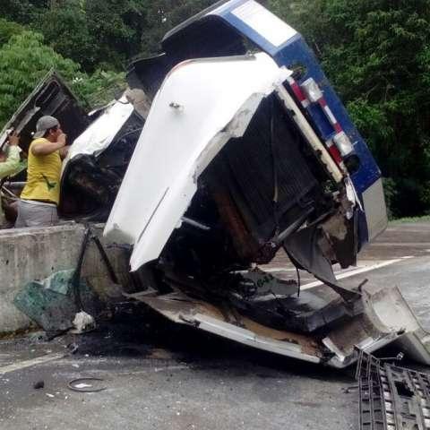 Vista general del accidente fatal en Boquerón .  /  Foto: @BCBRP
