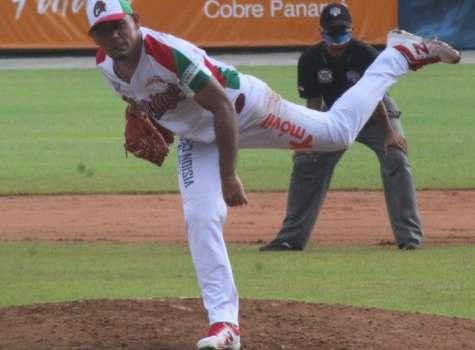 Andy Otero dominó a la ofensiva de Panamá Oeste. Foto: Fedebeis