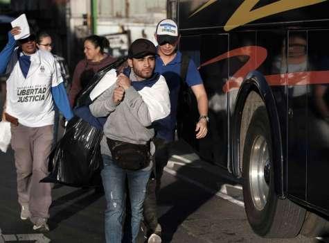 Costa Rica vigila la frontera con Panamá ante la llegada de nicaragüenses