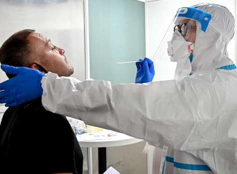 Más de 16,5 millones de casos y 656.000 muertes por COVID-19, según la OMS