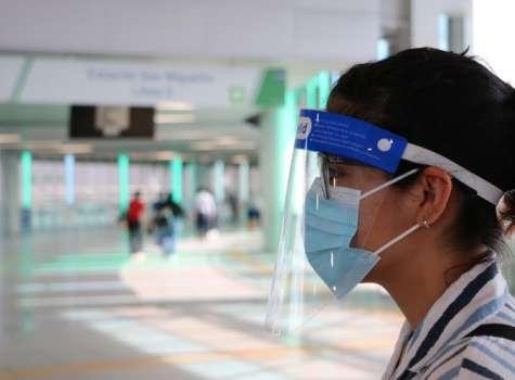 Usar mascarilla y pantalla facial en el transporte público será obligatorio. (Foto: Metro de Panamá)