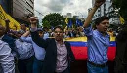 Maduro restó importancia a esa marcha y reiteró que el lunes el chavismo también se movilizará para defender la revolución.