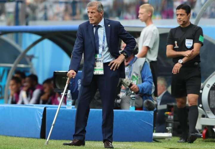 El entrenador de Uruguay, reconoció la superioridad de Francia, que logró el pase a las semifinales de Rusia 2018. Foto EFE