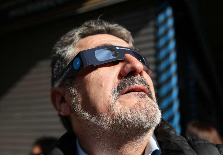 Unas 400.000 personas viajan al mejor lugar de Chile para ver el eclipse solar