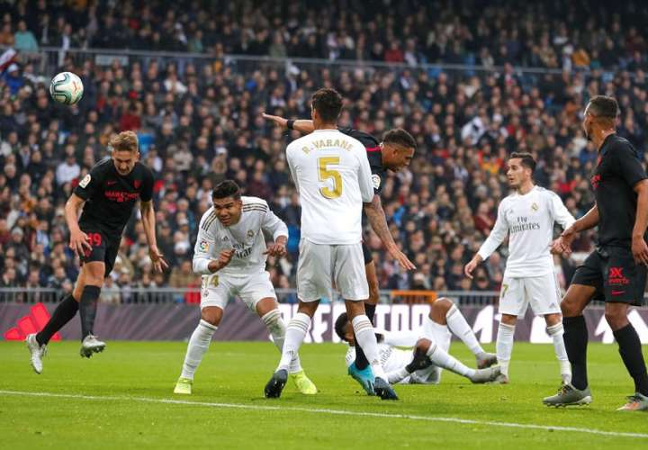 Casemiro y el VAR dan la victoria al Real Madrid sobre el Sevilla