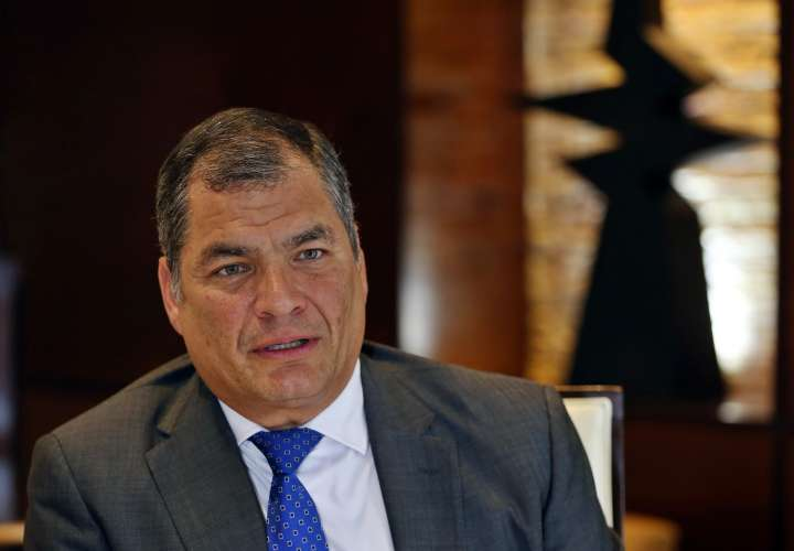 Jueza ordena cárcel para el expresidente Rafael Correa por un caso de sobornos