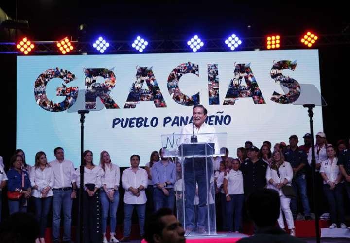 Cortizo, el político tradicional que se impuso por estrecho margen en Panamá