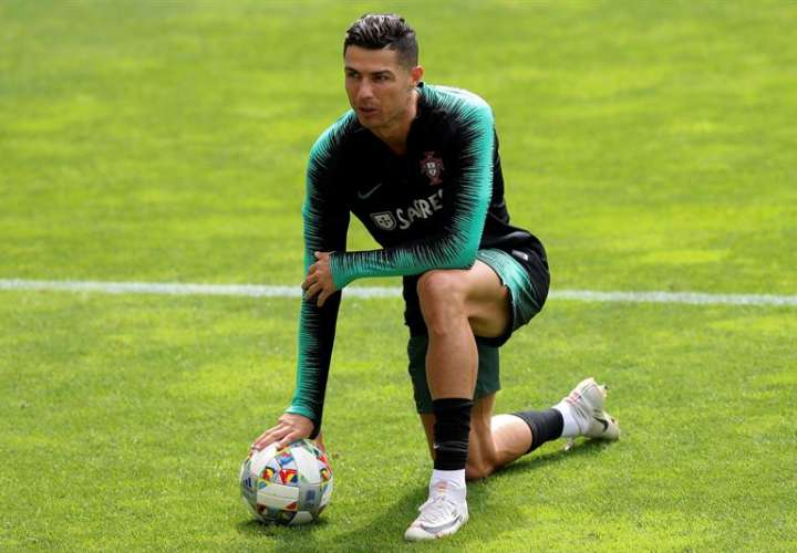 Retirada la demanda por violación a Cristiano Ronaldo