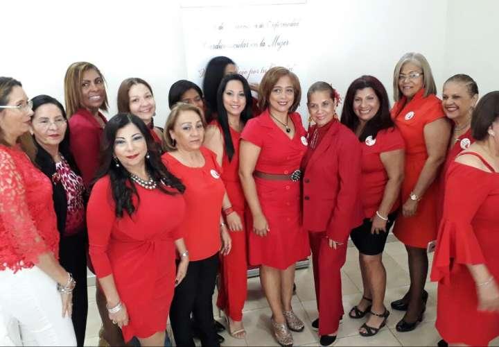 Damas de la Asociación Panameña de Mercadotecnia en Salud (Apames). Foto/Video: RobertCofla10