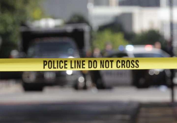 Cuatro muertos y tres heridos por un tiroteo en un club de Nueva York