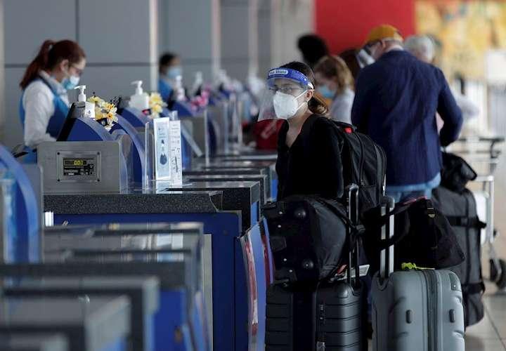 Panamá pedirá test negativo de COVID al reabrir los vuelos el 12 de octubre